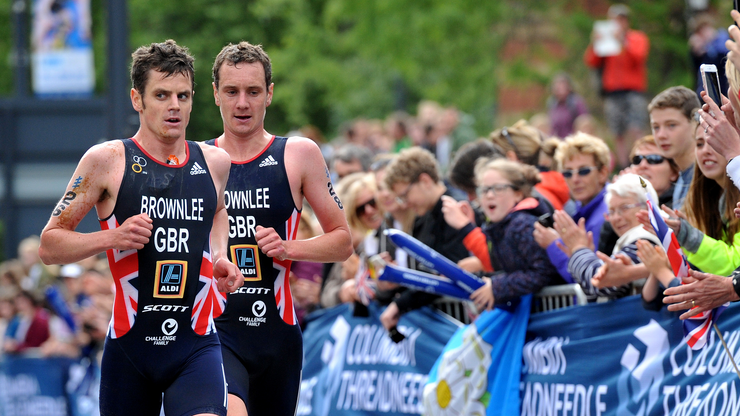 SUPERSTAR BROWNLEE BROTHERS RETURN TO RACE ABU DHABI WORLD TRIATHLON 2018