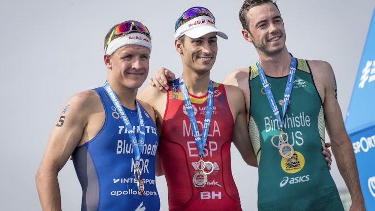 The world aims the triathlon lens on Australia